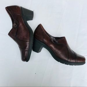 Earth Orgins Mule Clogs